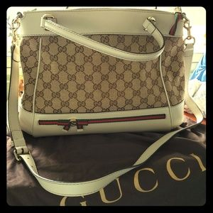 Authentic Gucci crossbody handbag